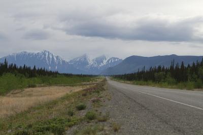 The road towards Kluane