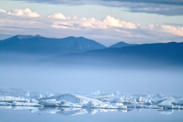 mountains_and_sea_ice